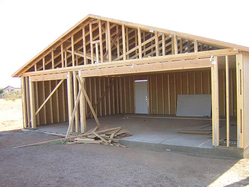 Строим деревянный гараж